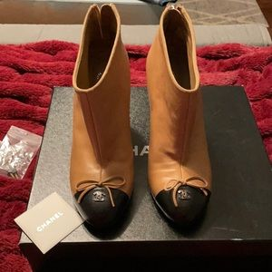 Size 39 Chanel booties